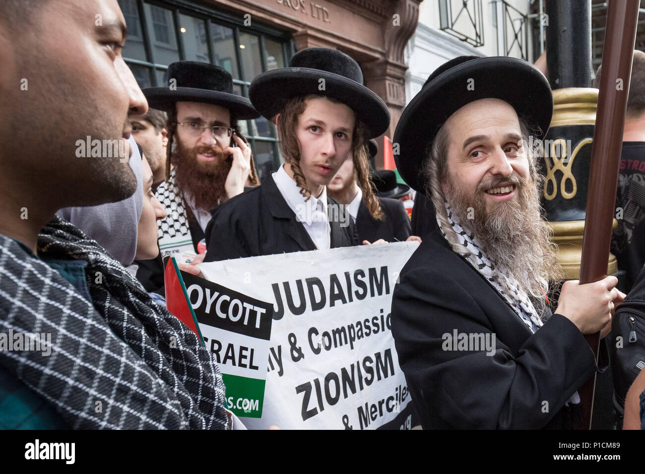 London, UK. 10th June, 2018. Pro-Palestinian Al Quds Day march through central London organised by the Islamic Human Rights Commission. An international event which began in Iran 1979. Credit: Guy Corbishley/Alamy Live News - Stock Image