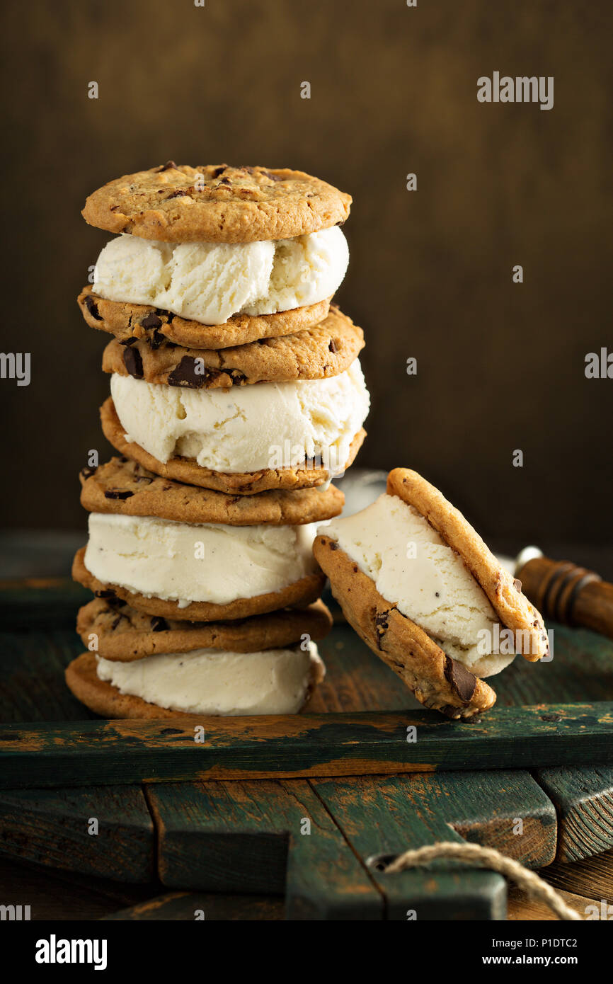 Homemade ice cream sandwiches with chocolate chip cookies - Stock Image