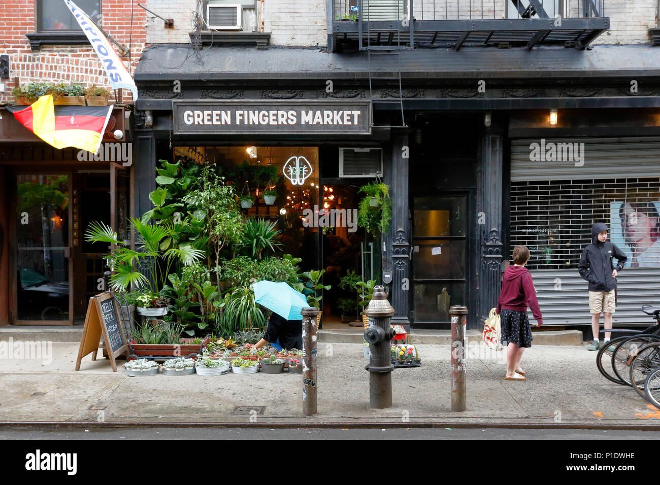 Green Fingers Market, 5 Rivington St, New York, NY - Stock Image