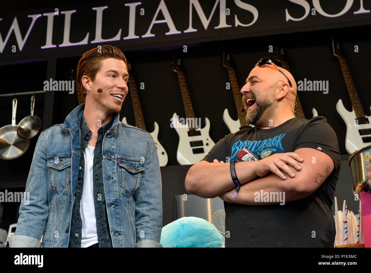 Napa Valley, California, May 25, 2018, Shaun White and Duff Goldman at the 2018 BottleRock Festival in Napa California. - Stock Image