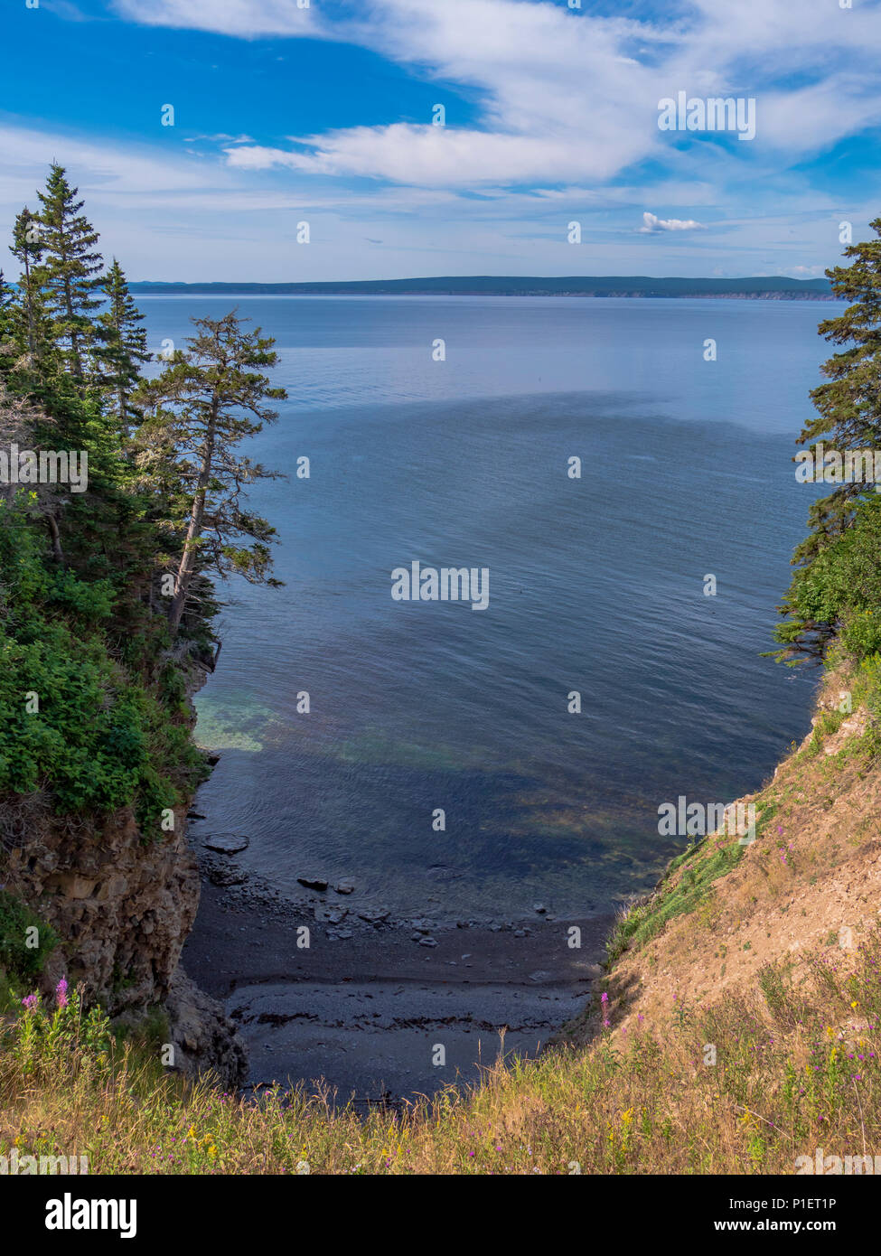 Inlet, Le Graves Trail, Forillon National Park, Gaspe Peninsula, Canada. - Stock Image