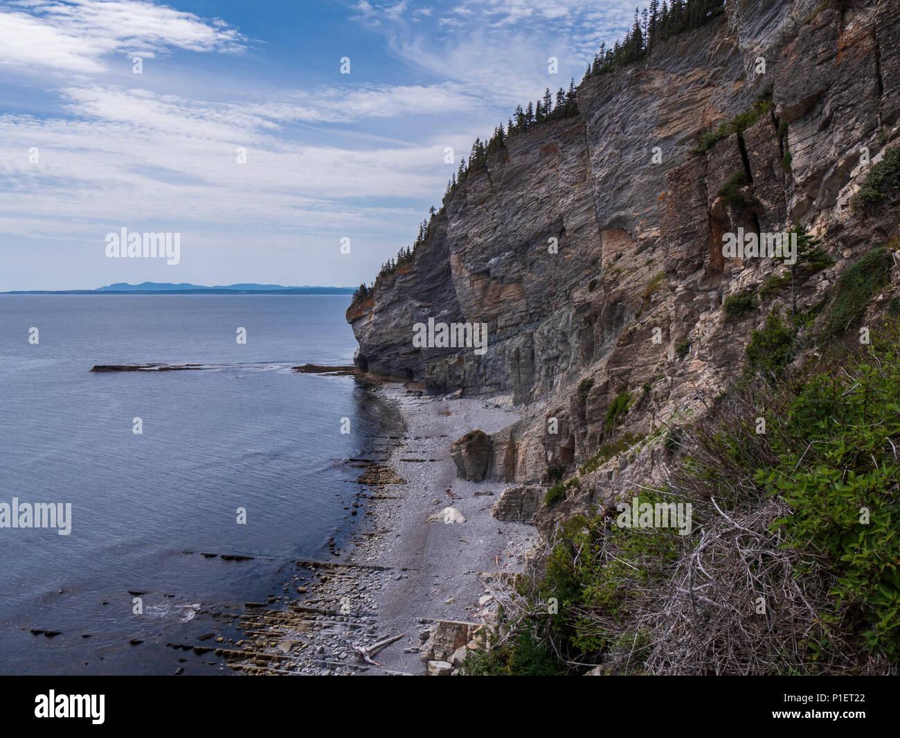 Cliffs at Land's End, Cap-Gaspe, Forillon National Park, Gaspe Peninsula, Canada. - Stock Image