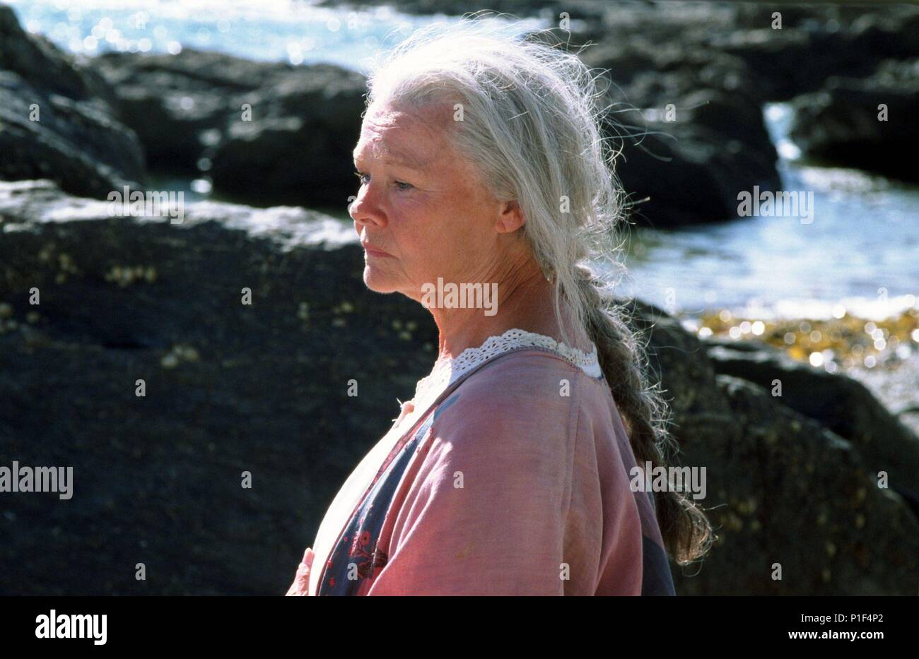 Original Film Title: LADIES IN LAVENDER.  English Title: LADIES IN LAVENDER.  Film Director: CHARLES DANCE.  Year: 2004.  Stars: JUDI DENCH. Stock Photo