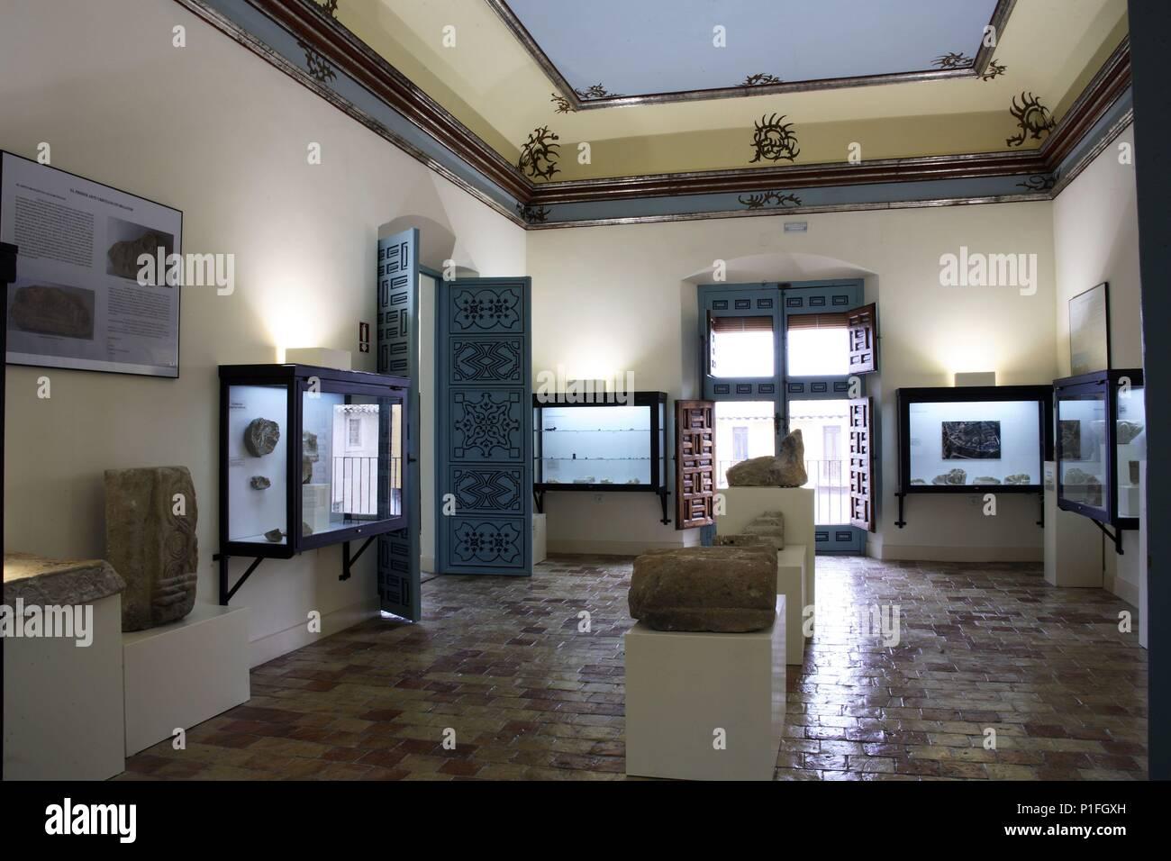 SPAIN - Cuenca de Mula (district) - MURCIA. Cehegín; Museo de Arqueología; sala romano- ibérica en interior del Palacio de los Fajardo (siglo XVIII). - Stock Image