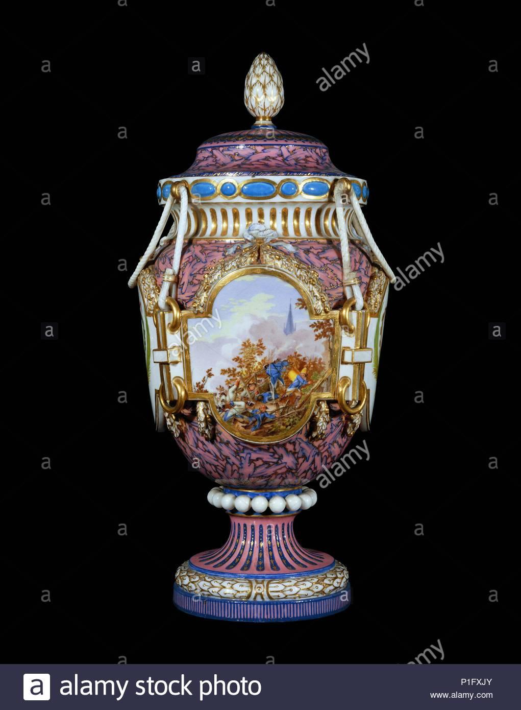 sevres vase france stock photos sevres vase france stock images alamy. Black Bedroom Furniture Sets. Home Design Ideas