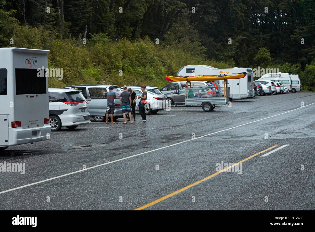 Crowded car park for Blue Pools, Mount Aspiring National Park, Haast Pass, near Makarora, Otago, South Island, New Zealand - Stock Image