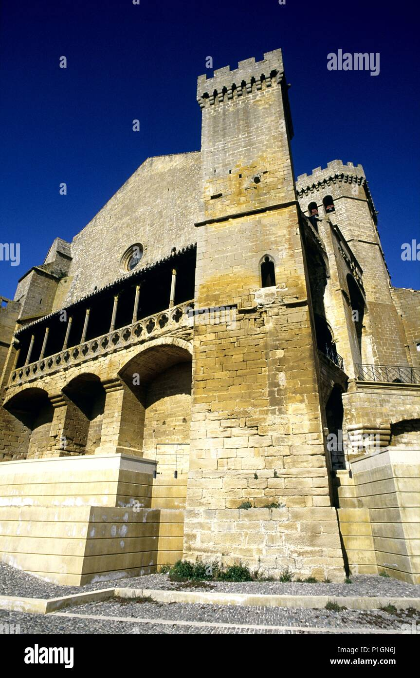 Ujué, castillo, iglesia fortificada. - Stock Image