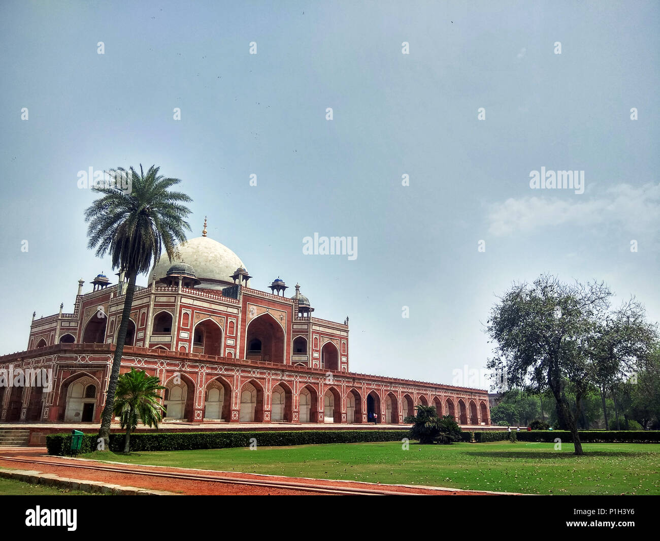 Side view of epic Humayun's Tomb, New Delhi, India displaying great Indian architecture - Stock Image