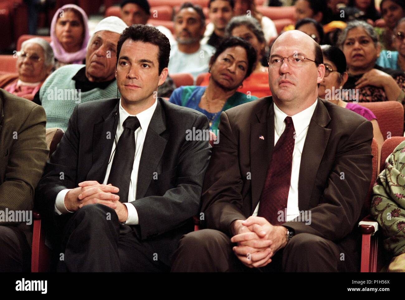 Original Film Title: LOOKING FOR COMEDY IN THE MUSLIM WORLD.  English Title: LOOKING FOR COMEDY IN THE MUSLIM WORLD.  Film Director: ALBERT BROOKS.  Year: 2005.  Stars: JON TENNEY; JOHN CARROLL LYNCH. Credit: WARNER INDEPENDENT PICTURES / TERRELL, LACEY / Album - Stock Image