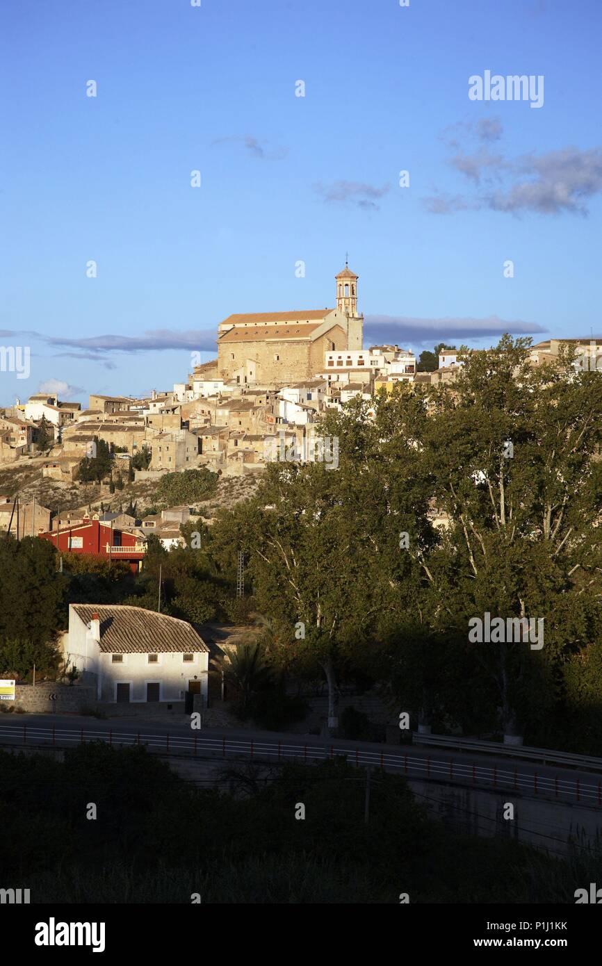 SPAIN - El Noroeste (district) - MURCIA. Cehegín; vista del pueblo con iglesia de La Magdalena. - Stock Image