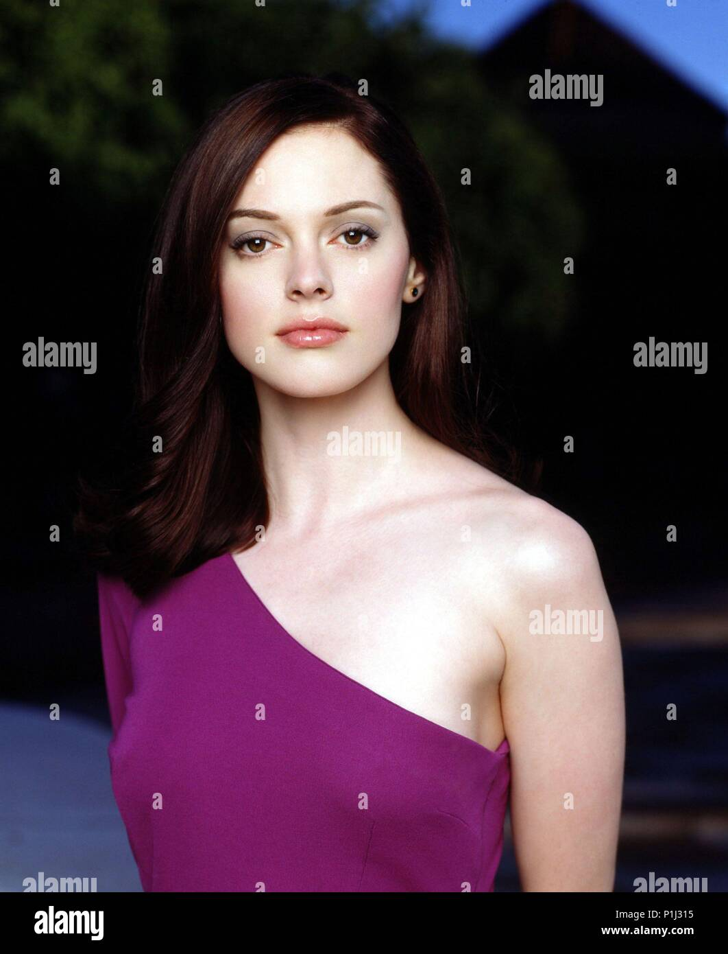 Charmed 1998 Stock Photos Charmed 1998 Stock Images Alamy