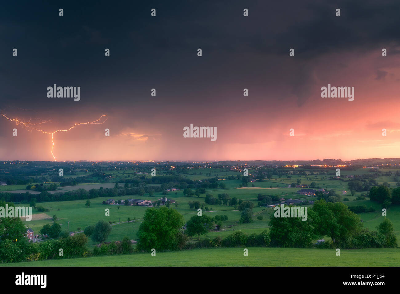 ground lightning stock photos ground lightning stock images alamy