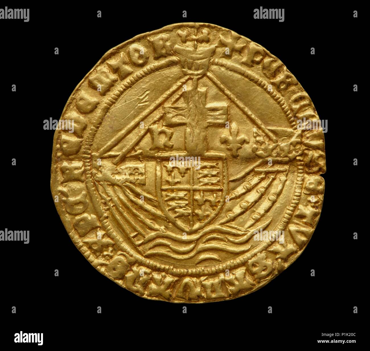 Complete Tudor gold hoard (The Asthall Hoard), 1470-1526. Asthall hoard of 210 English Angels and Half-Angels of Henry VI to Henry VIII - Stock Image
