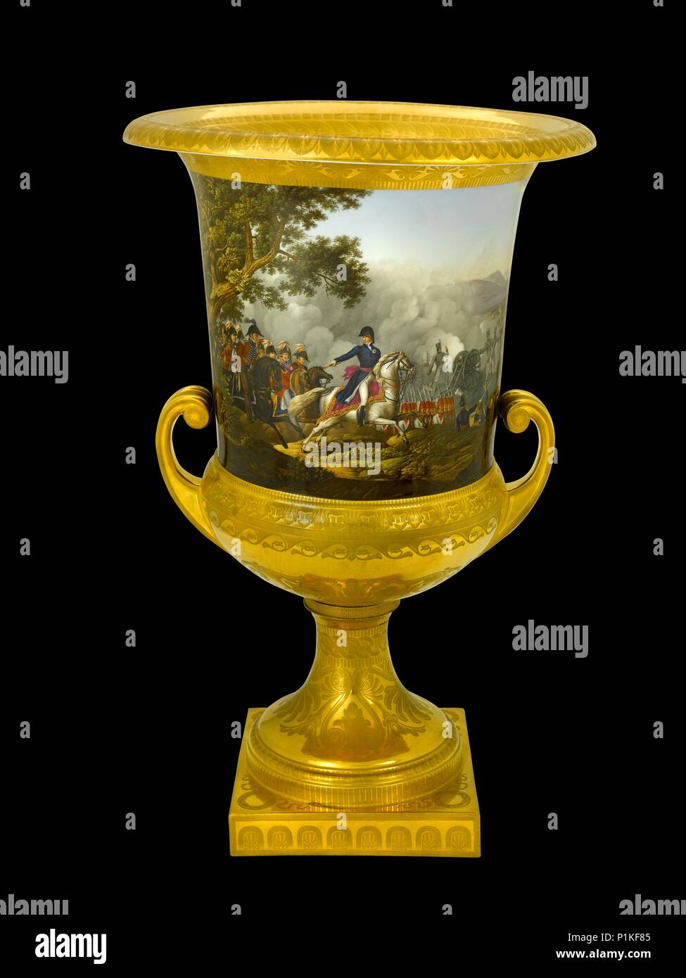 Urn showing the Battle of Vitoria, Spain, 1813 (1817-1819). Item in Apsley House, London, from the Duke of Wellington's Prussian Service, made in Berl - Stock Image