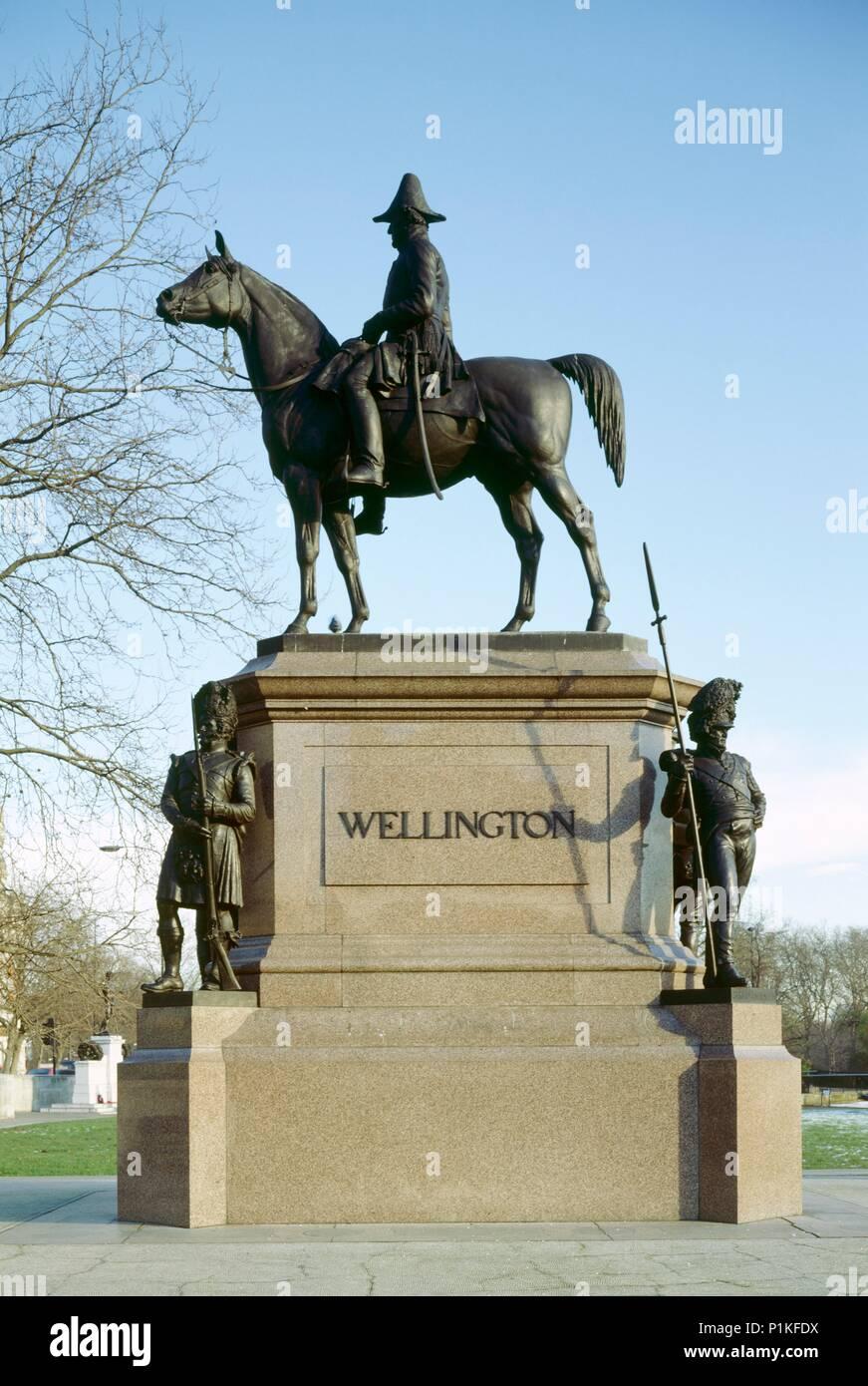 Statue of the Duke of Wellington, Hyde Park Corner, London, c1980-c2017. Bronze equestrian statue designed in 1888 by Joseph Edgar Boehm. - Stock Image