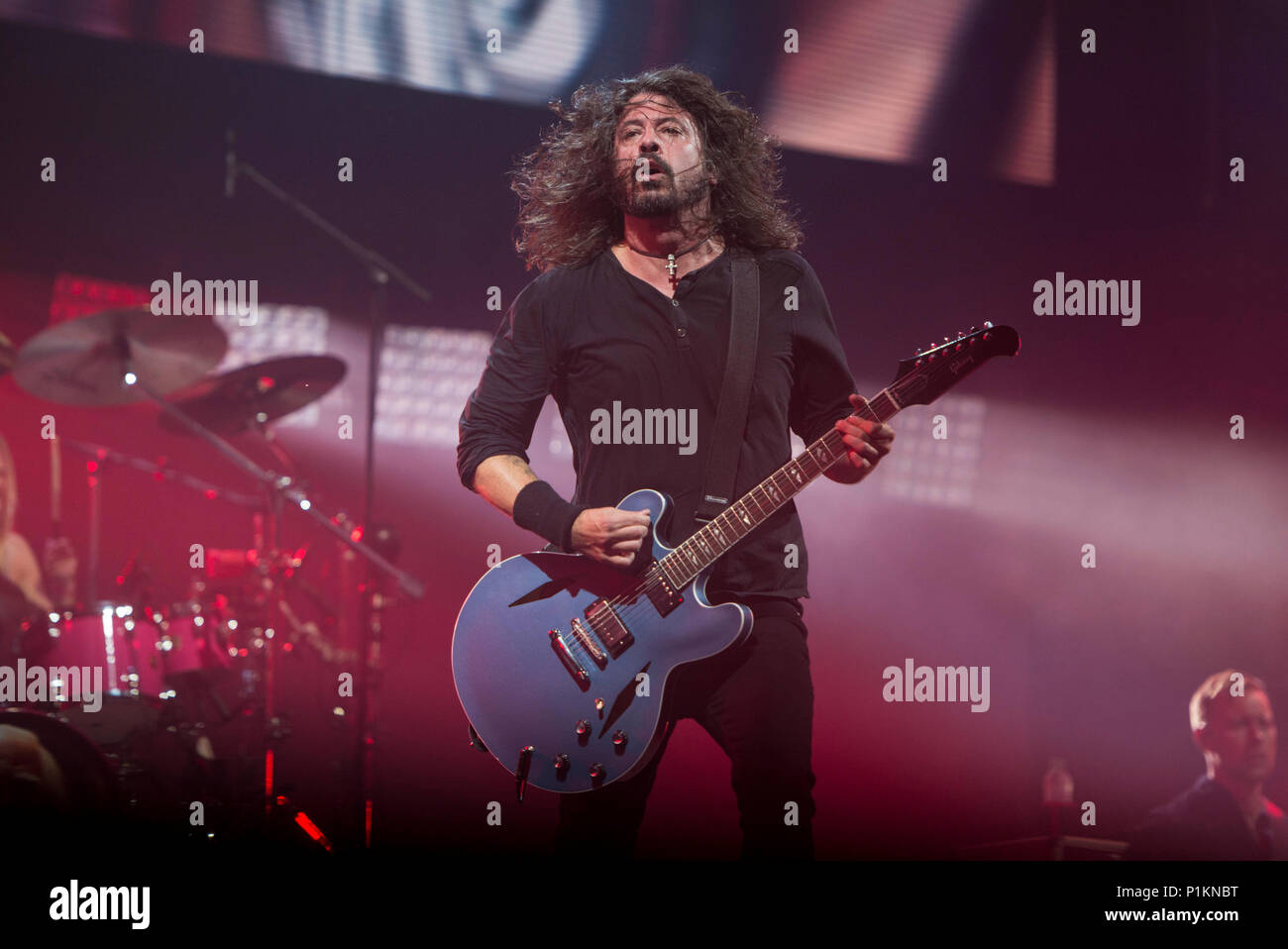 The Foo Fighters perform on the Pyramid Stage at Glastonbury Festival 2017 - Stock Image