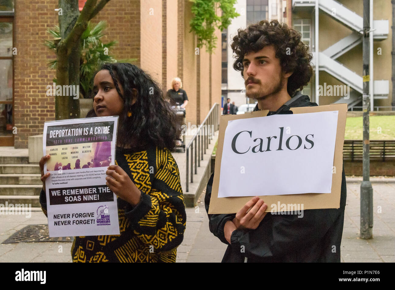 London, UK. 12th June 2018. A rally at the SOAS steps remembers the SOAS cleaners called by SOAS to an 'emergency meeting' at 6:30am on 12th June 2009 after cleaners had campaigned to get the London Living Wage. A few minutes after the start of the meeting, agents of the UK Border Agency rushed in, handcuffed all the cleaners and held them for questioning. Nine were then deported. Credit: Peter Marshall/Alamy Live News - Stock Image