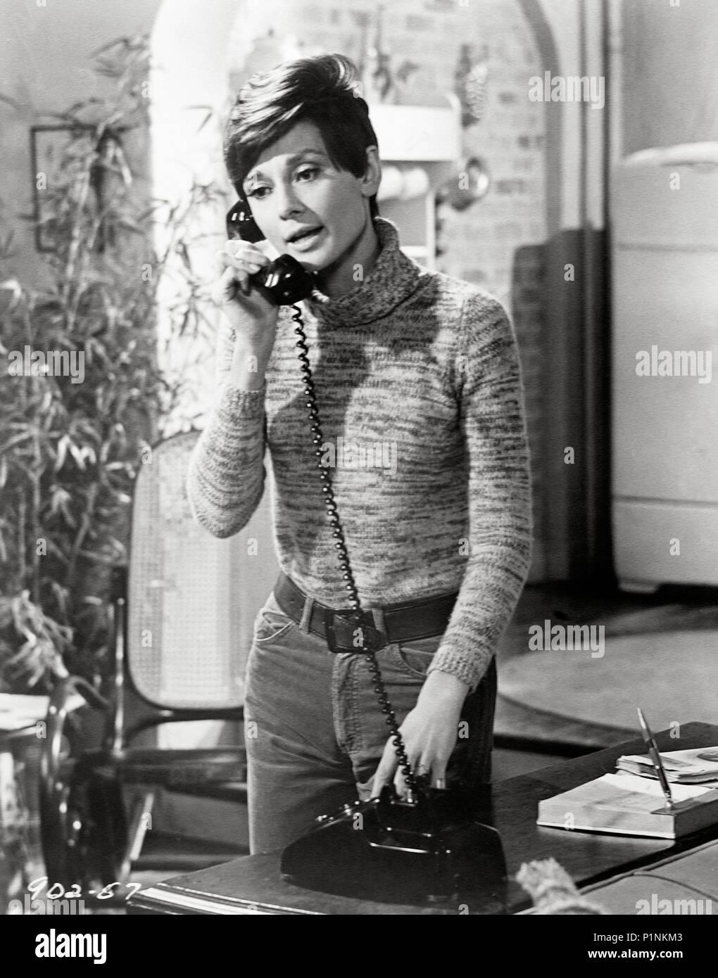 Original Film Title: WAIT UNTIL DARK.  English Title: WAIT UNTIL DARK.  Film Director: TERENCE YOUNG.  Year: 1967.  Stars: AUDREY HEPBURN. Credit: WARNER BROTHERS / Album - Stock Image