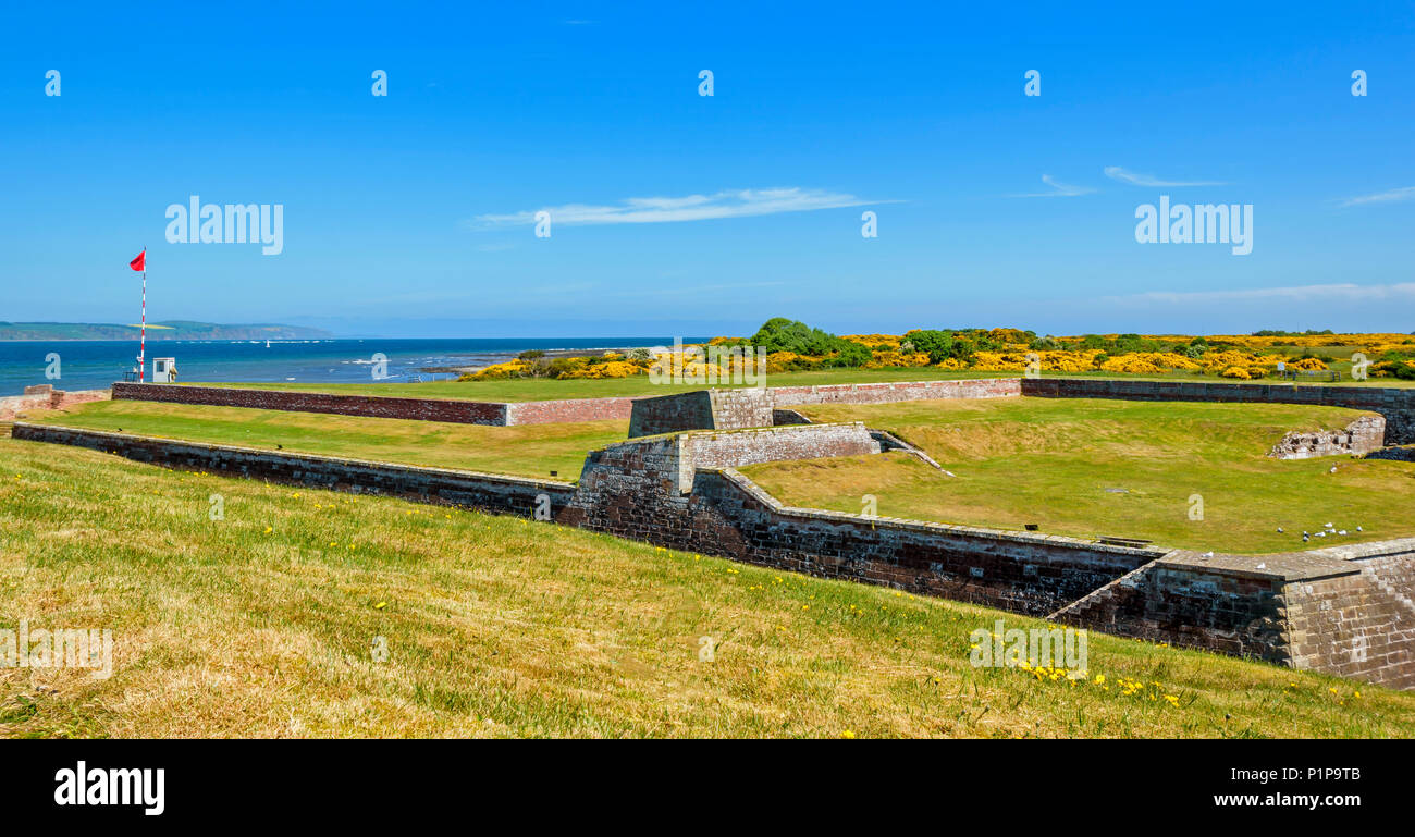FORT GEORGE ARDERSIER INVERNESS SCOTLAND FORTIFICATIONS LOOKING NORTH TO THE SEA AND MORAY FIRTH - Stock Image