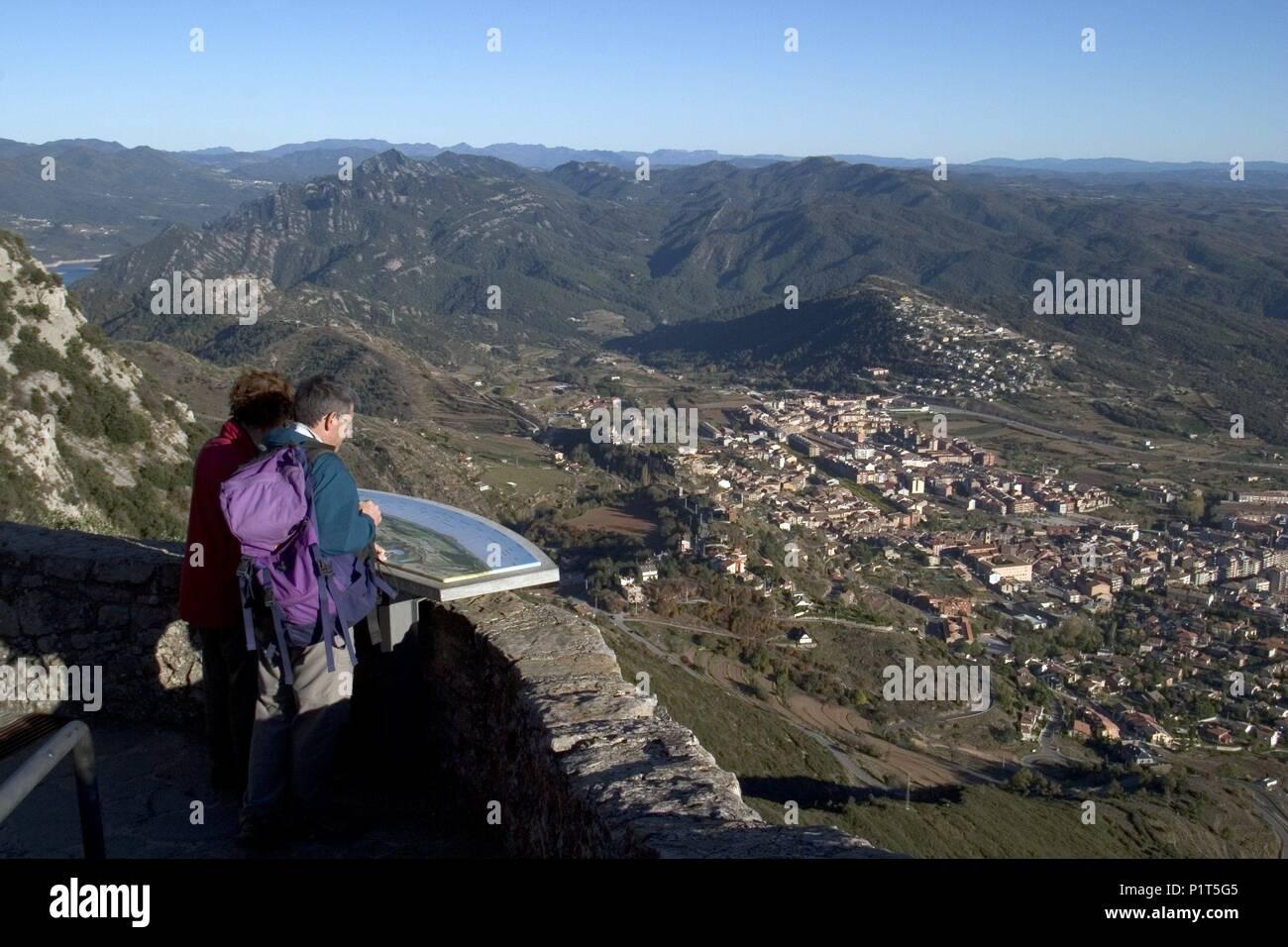 Humans aerial view stock photos humans aerial view stock - Ciudad de berga ...