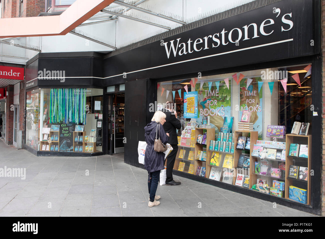 Wterstones book shop. Shops and people shopping in Harrow, middlesex, London, UK - Stock Image