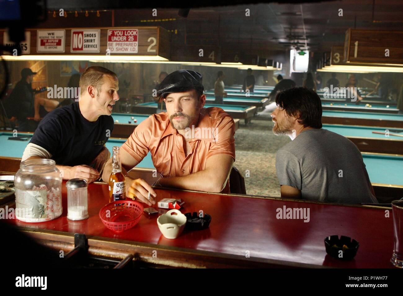 Original Film Title: SMOKIN' ACES.  English Title: SMOKIN' ACES.  Film Director: JOE CARNAHAN.  Year: 2007.  Stars: BEN AFFLECK; PETER BERG; MARTIN HENDERSON. Credit: WORKING TITLE FILMS/RELATIVITY MEDIA/SCION FILMS LIMITED/ / Album - Stock Image