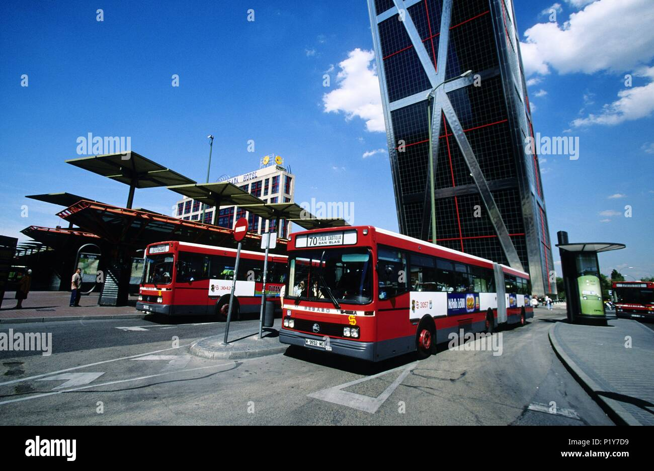 Plaza de castilla bus station