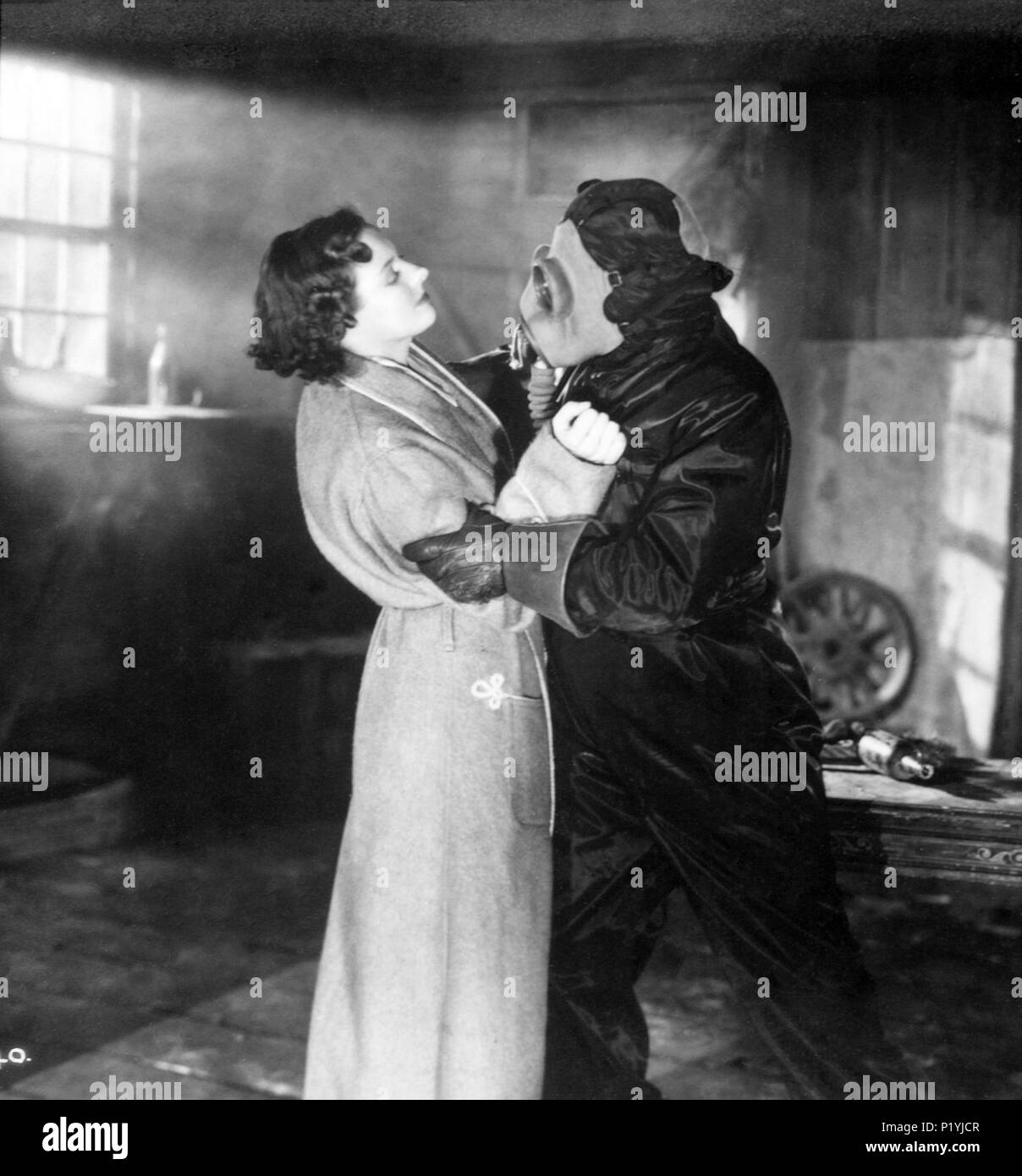 Original Film Title: THE FROG.  English Title: THE FROG.  Film Director: JACK RAYMOND.  Year: 1936. Credit: HERBERT WILCOX PRODUCTIONS LTD. / Album - Stock Image