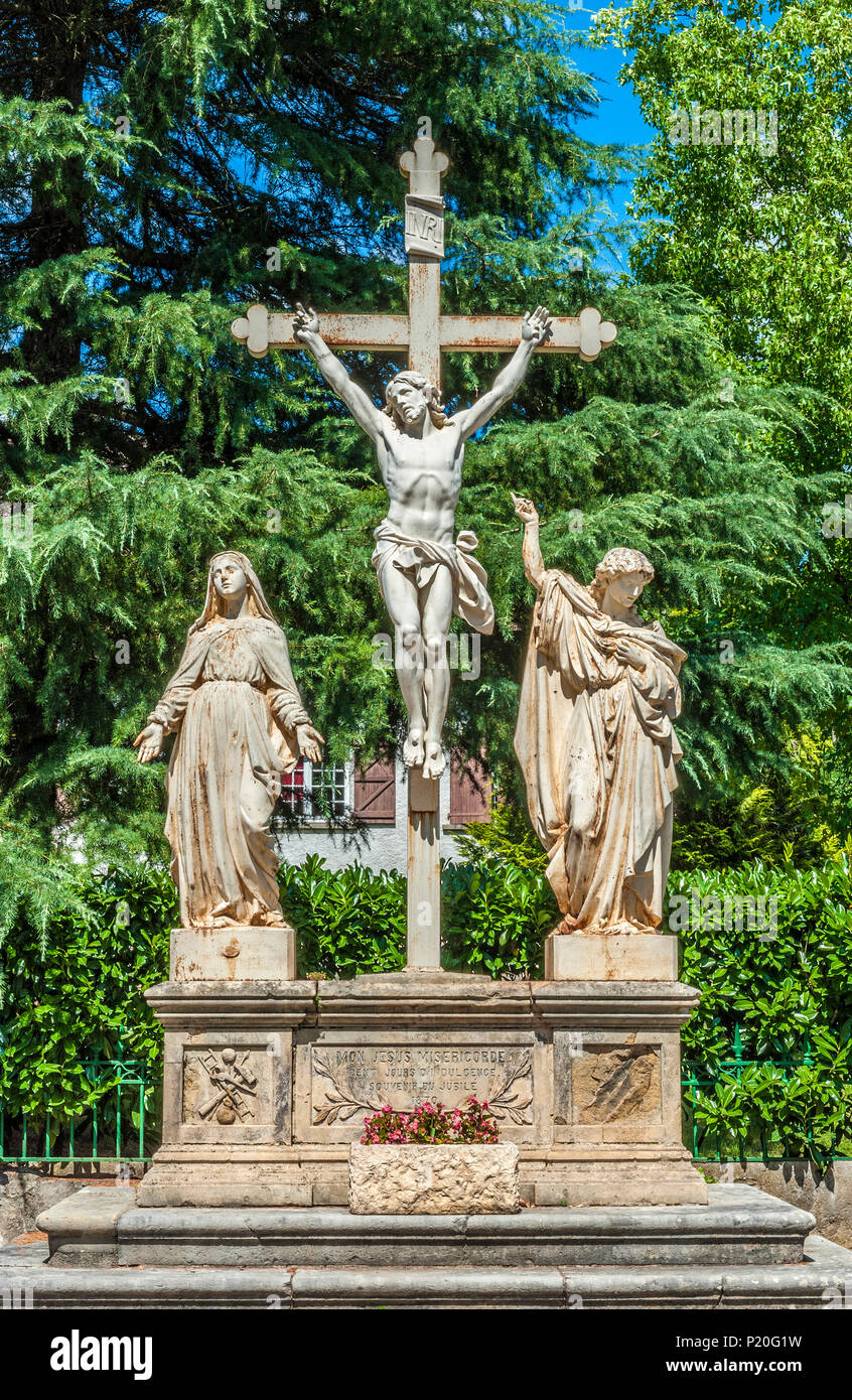 France, Lot, Causses du Quercy regional natural park, Lot lower valley, calvary in Saint Martin Labouval - Stock Image