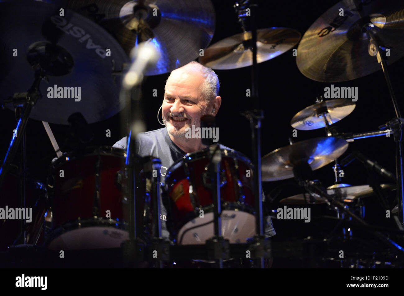 FILED - 28 October 2014, Germany, Hanover: The British drummer Jon Hiseman performing with the band Colosseum. A spokesperson from the music publisher Temple confirmed on the 13 June 2018 that the British jazz and rock drummer has died at the age of 73 after an operation on a brain tumour. Photo: Rudi Keuntje/Geisler-Fotopress/Geisler-Fotopress/dpa - Stock Image