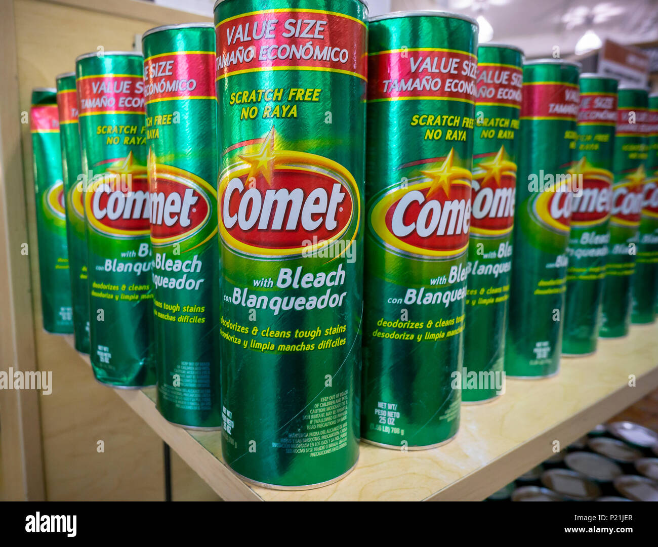 Cans of Comet cleanser are seen on display in a supermarket in New York on Thursday, June 7, 2018. Comet is a brand of Prestige Brands which owns numerous other brands. (© Richard B. Levine) - Stock Image
