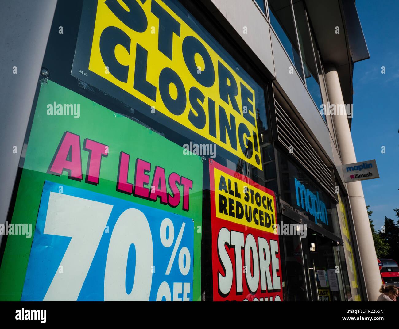 Maplin's Electronic Store Closing Down, City of London, London, England, UK, GB. - Stock Image