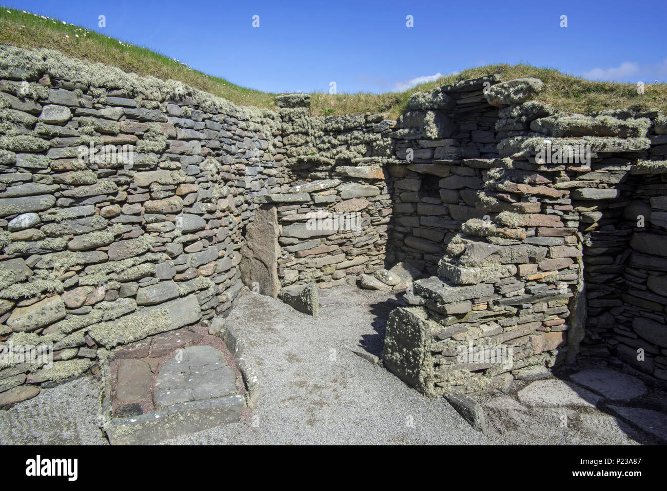 Chamber at Jarlshof, archaeological site showing 2500 BC prehistoric and Norse settlements at Sumburgh Head, Shetland Islands, Scotland, UK - Stock Image