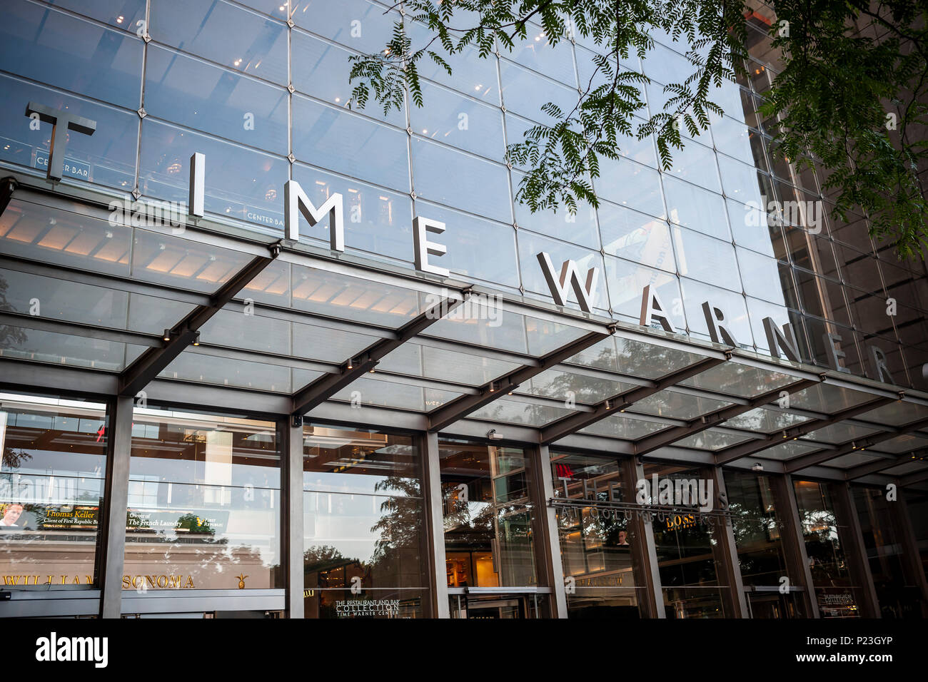The Time Warner Center in New York on Tuesday, June 12, 2018. A federal judge has approved the $85.4 billion merger between AT&T and Time Warner over the objections of the Justice Dept.  (© Richard B. Levine) Stock Photo