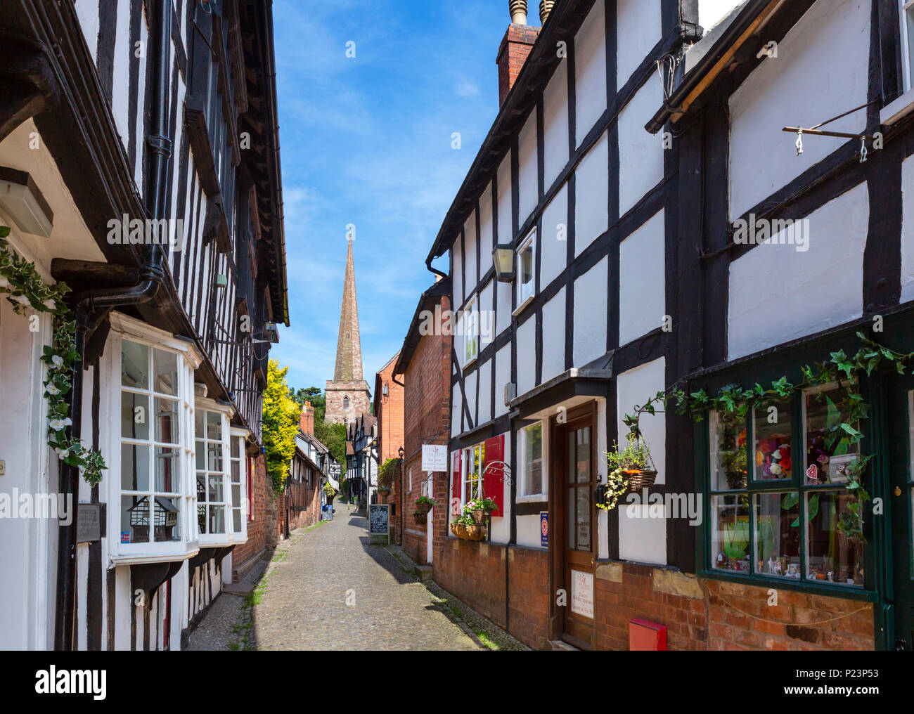 Traditional cobbled street in the old town, Church Lane, Ledbury, Herefordshire, England, UK - Stock Image