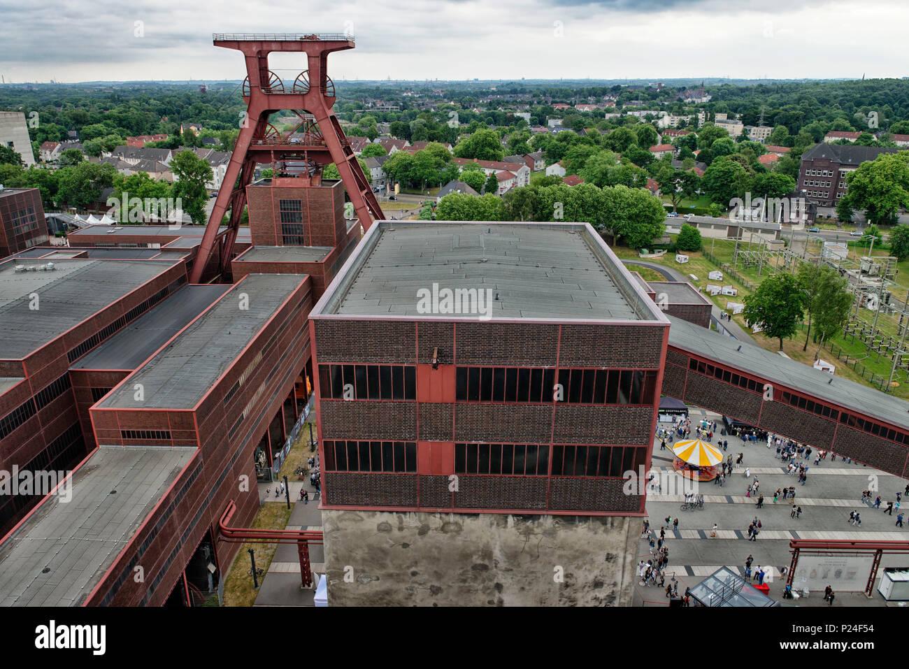 Zollverein Coal Mine Industrial Complex, shaft XII, UNESCO world heritage, Essen, North Rhine-Westphalia, Germany - Stock Image