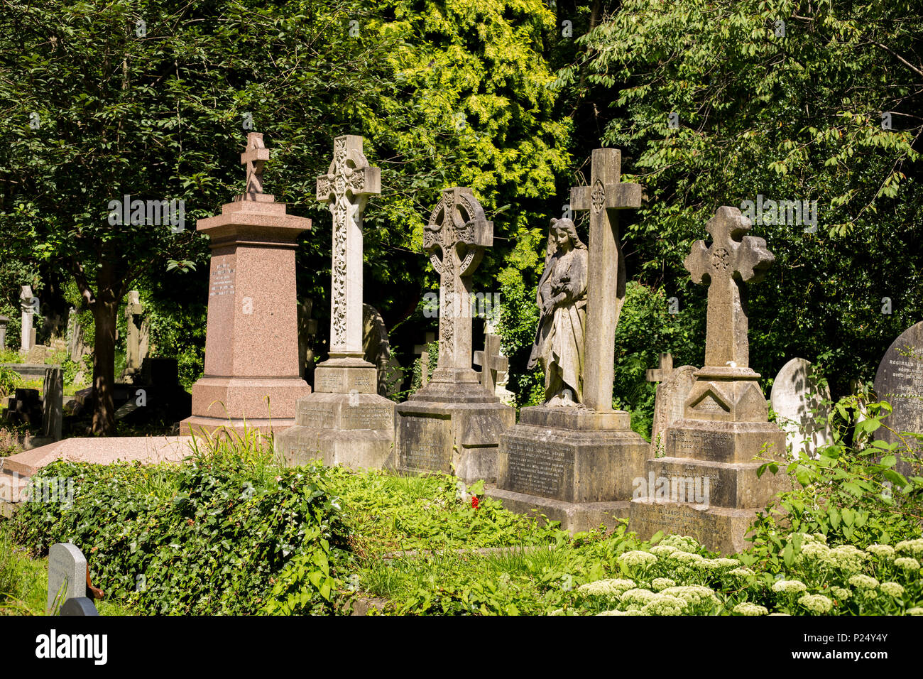 London, Great Britain, Graeber in the cemetery Highgate - Stock Image