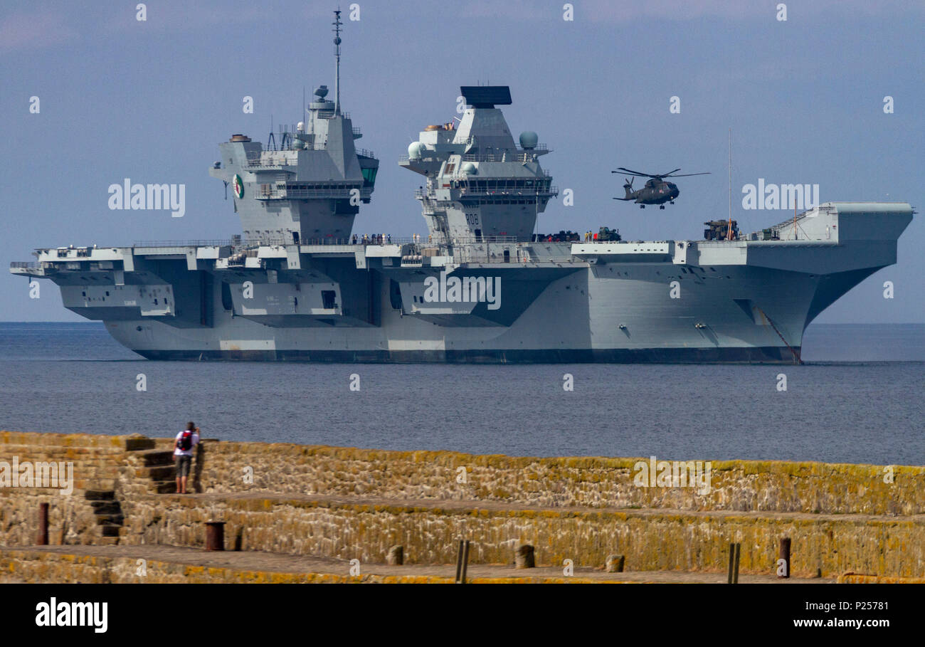 Aircraft carrier HMS Queen Elizabeth visits Penzance in Mount's Bay, Cornwall - Stock Image