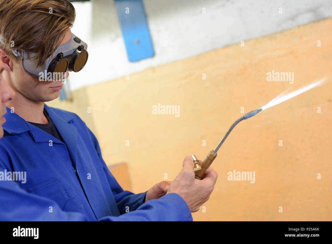 Soldering Joints Stock Photos & Soldering Joints Stock Images - Alamy