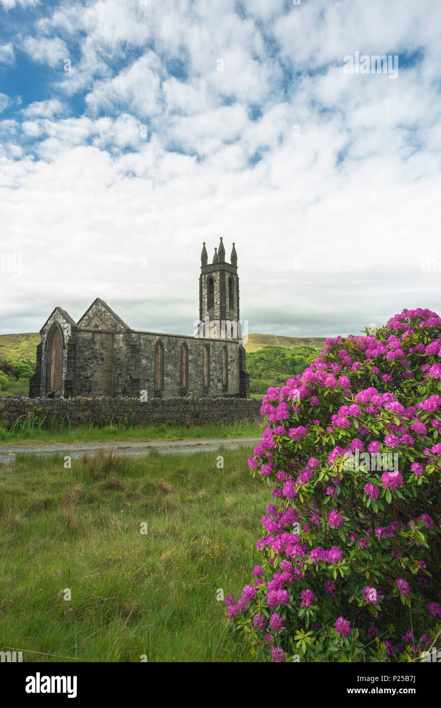 Dunlewy (Dunlewey) Old Church, Poisoned Glen, County Donegal, Ulster region, Ireland, Europe. - Stock Image