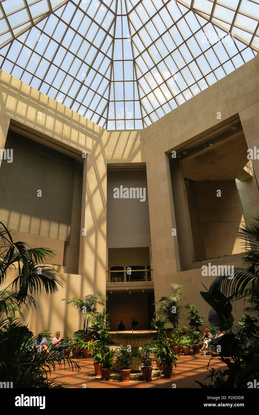 Robert Lehman Collection Courtyard at the Metropolitan Museum of Art, NYC, USA - Stock Image