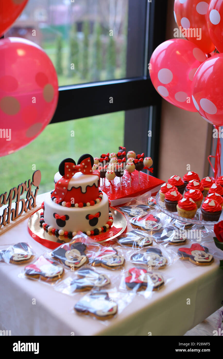 Amazing Mickey Mouse cakes for birthday Stock Photo: 207949369 - Alamy