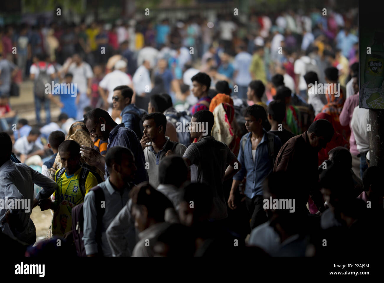 """June 14, 2018 - June 14, 2018, Dhaka, Bangladesh ''"""" Bangladeshis people travel by train as they going their home to be with their families ahead of the Muslim festival of Eid al-Fitr, in Dhaka. Eid al-Fitr, the biggest Muslim festival celebrates the end of the holy fasting month of Ramadan. Credit: K M Asad/ZUMA Wire/Alamy Live News - Stock Image"""