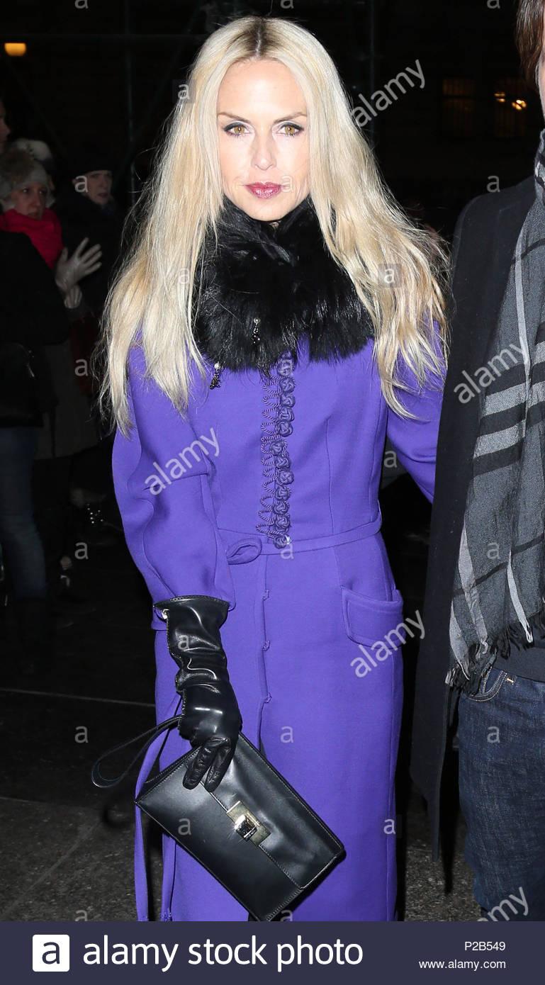 pics Rachel zoe at oscar de la renta fashion show in new york