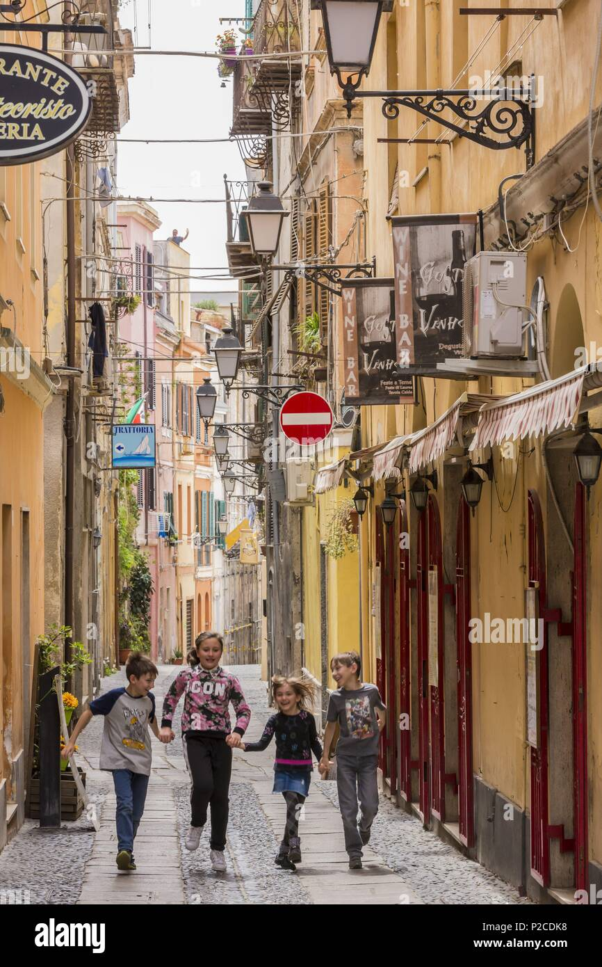 Italy, Sardinia, Western Sardinia, Alghero, sreet via Arborea - Stock Image