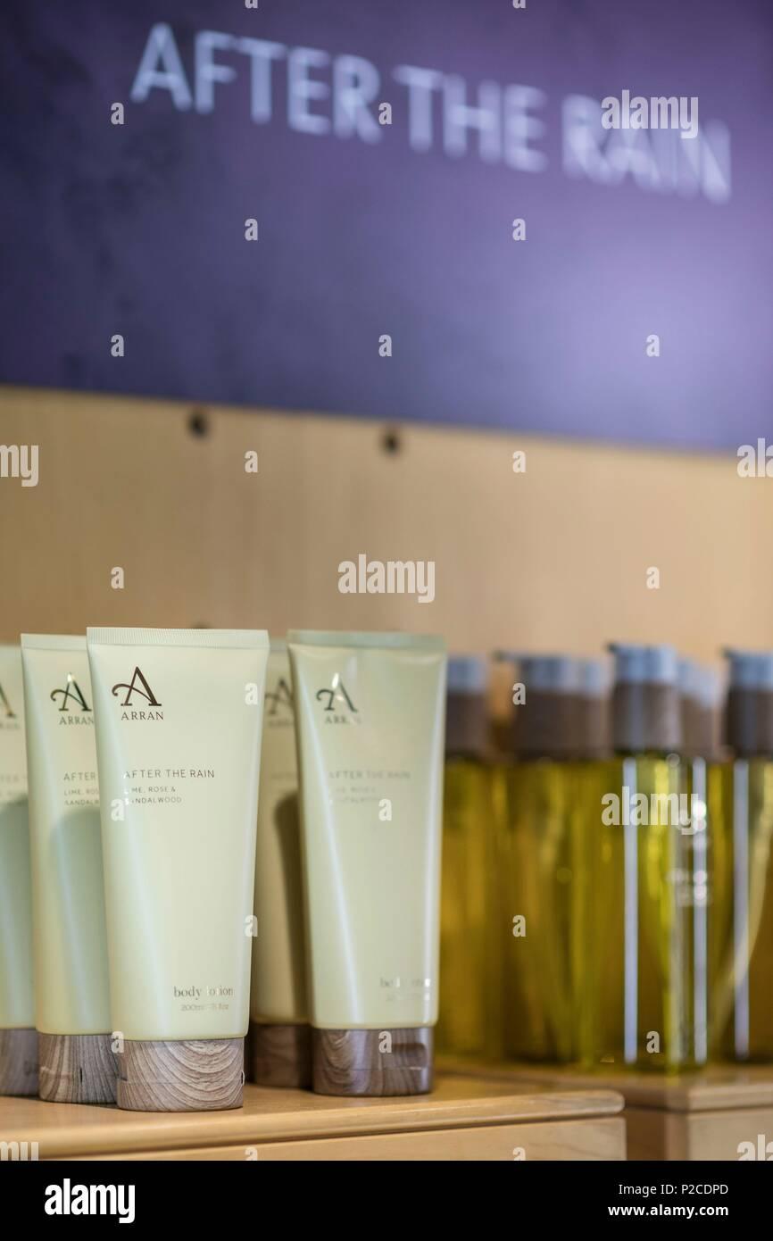United Kingdom, Scotland, North Ayrshire, Arran island, Brodick, the shop of Arran cosmetic - Stock Image