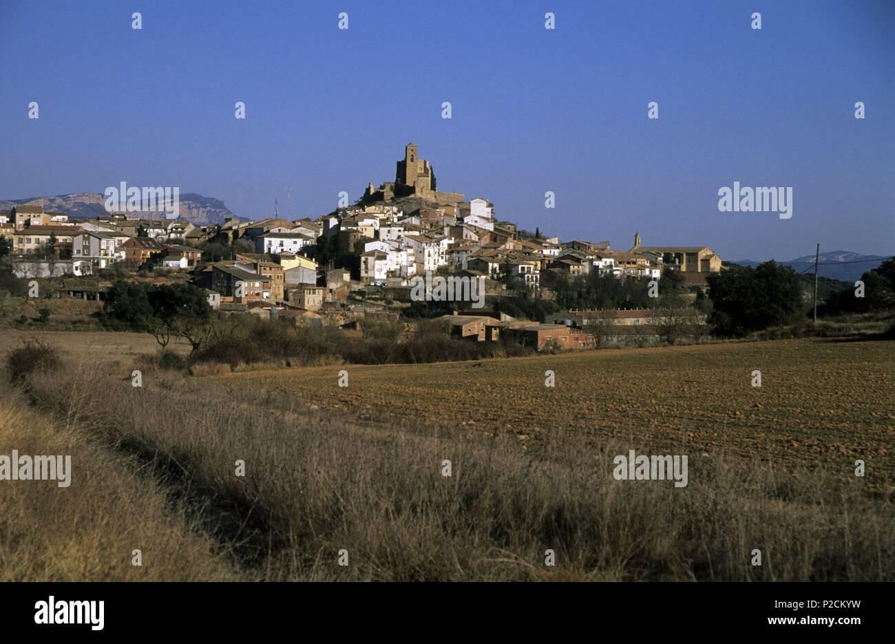 Ribagorza (district). Benabarre (Ribagorza);vista del pueblo y paisaje. - Stock Image