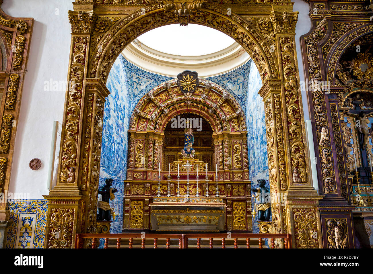 Interior view of the altar in Se Cathedral, Faro, Algarve, Portugal - Stock Image