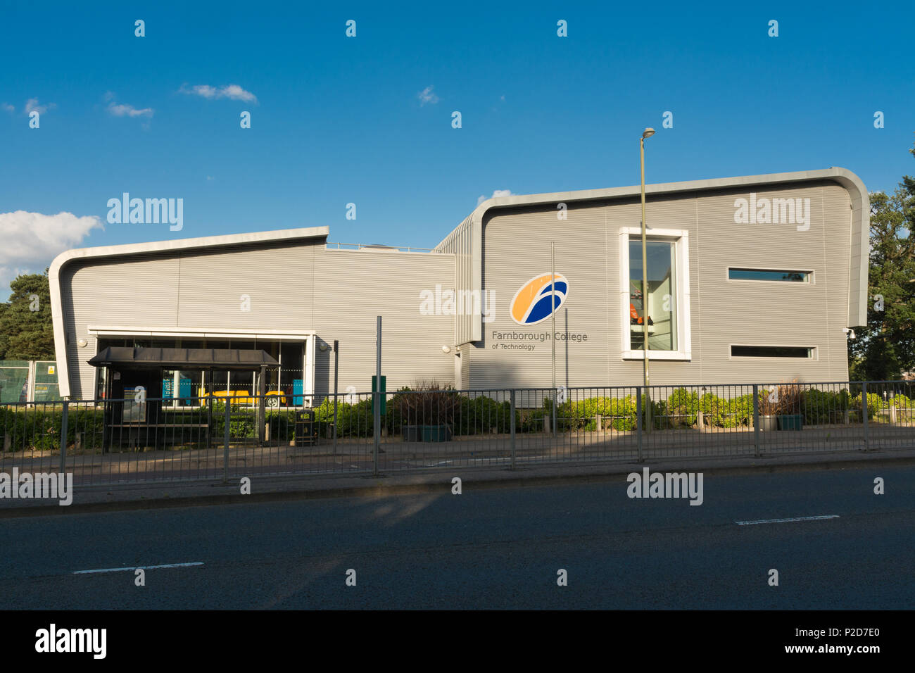 Farnborough College of Technology in Hampshire, UK.  The Aerospace and Automotive Academy building. - Stock Image