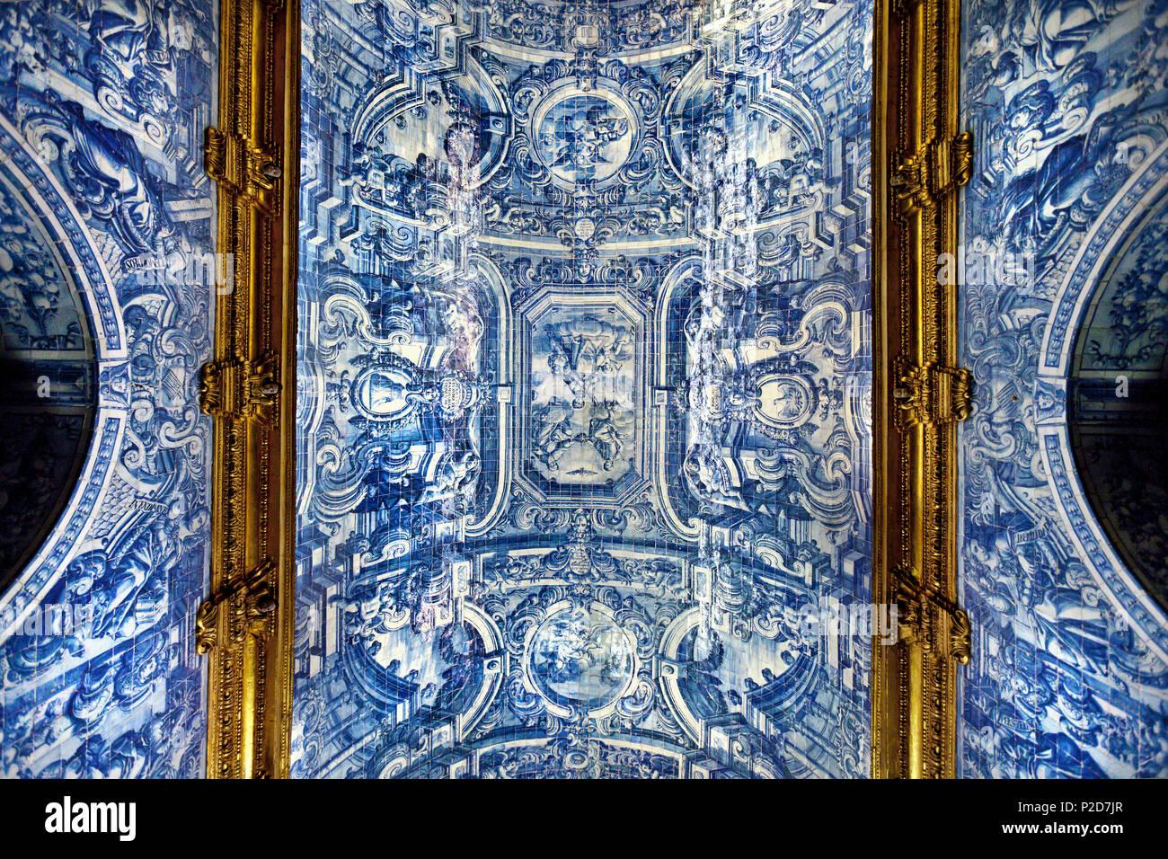 Tiles Azulejos, church Igrja de Sao Laurenco, Almancil, Algarve, Portugal - Stock Image